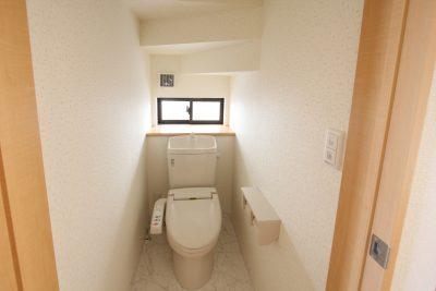 一軒家のトイレ