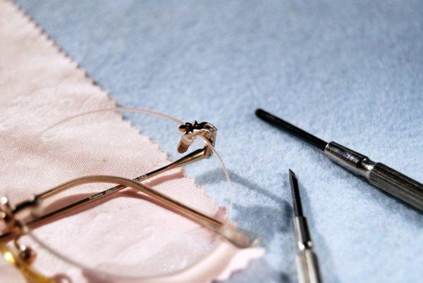 メガネのメンテナンス