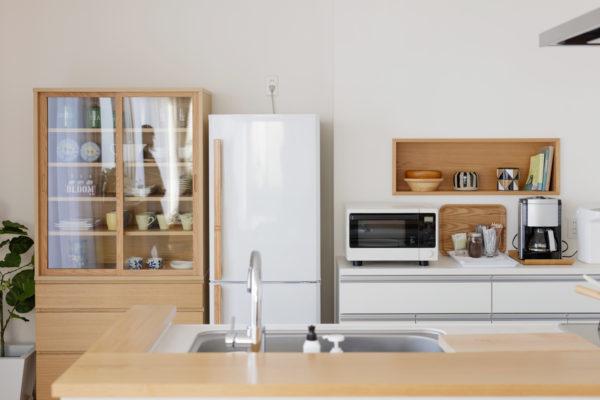 キッチンにある冷蔵庫